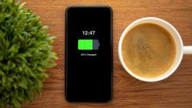 Las fundas para móviles con las que tendrás batería allá donde vayas
