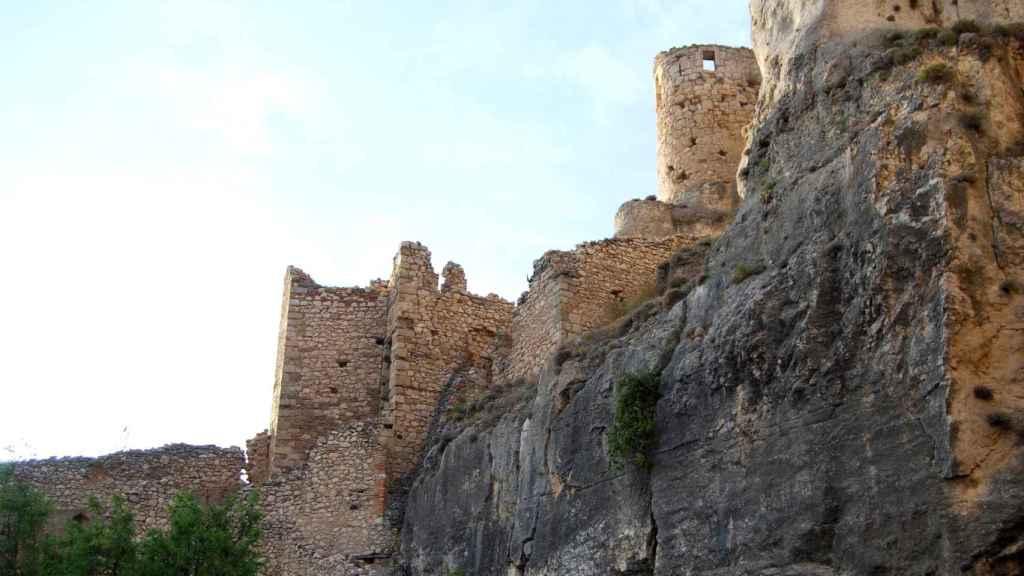 Vista de uno de los laterales del castillo de Morella.