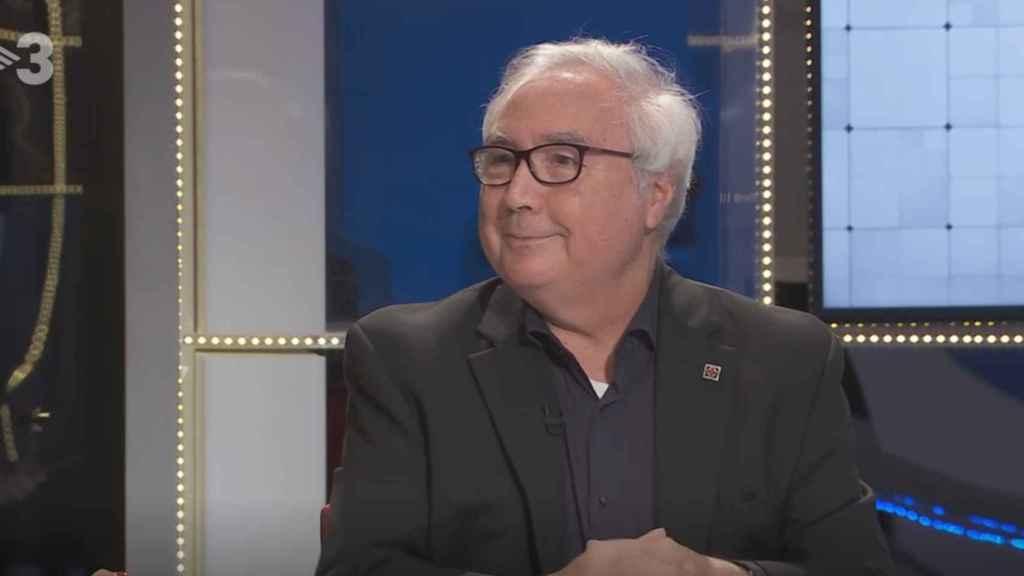 Manuel Castells, ministro de Universidades, en una entrevista de televisión.