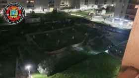 Se hunde un parque sobre el aparcamiento de una urbanización de Santander