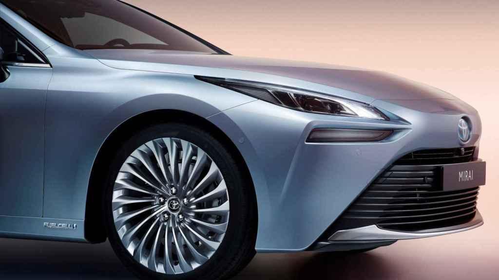 El nuevo Toyota Mirai tiene un diseño espectacular