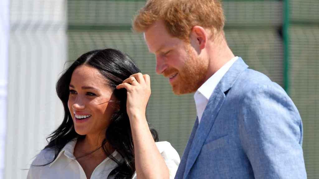 Meghan y Harry residirán en Canadá tras apartarse de sus funciones en la Familia Real.