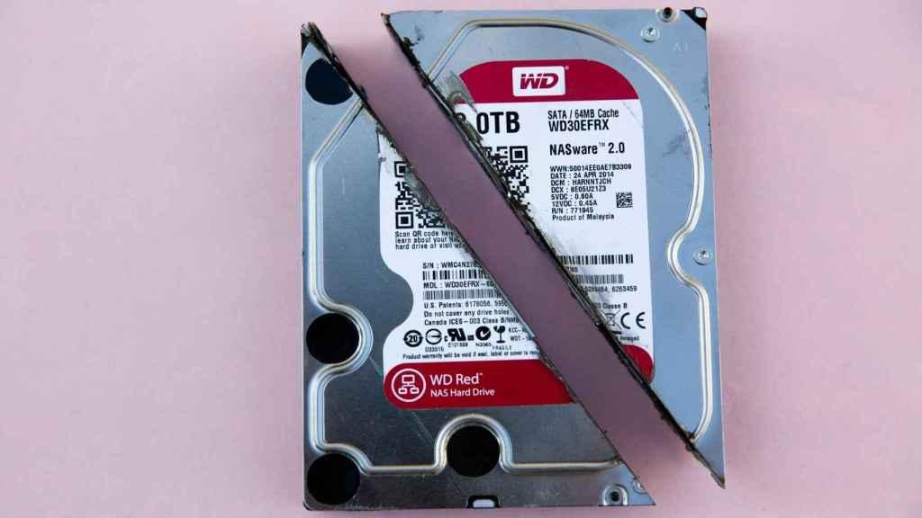 Disco duro HDD cortado