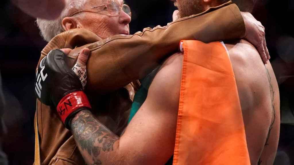 La abuela de Cerrone y McGregor