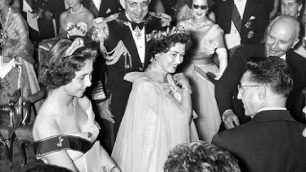 Una imagen de la Reina Sofía y Federica, en 1956.