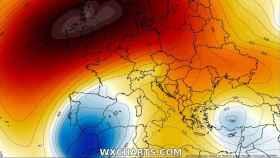 La borrasca Gloria sobre la Península y el anticiclón sobre las Islas Británicas. Severe-weather.eu