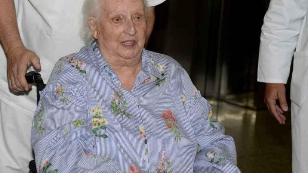 Pilar de Borbón, tras una operación.