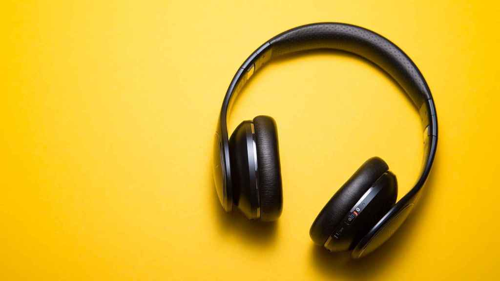 Auriculares.