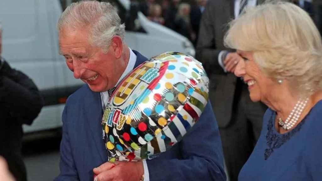 El príncipe Carlos y la duquesa de Cornwall también han visto trastocados algunos actos de su agenda oficial.