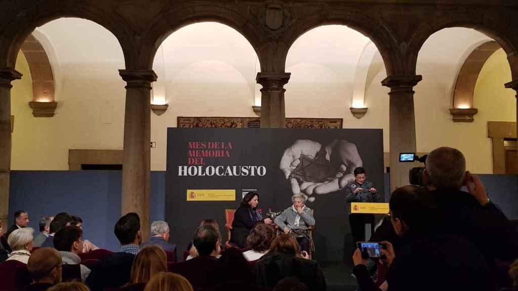 Annette Cabelli durante el acto en Madrid