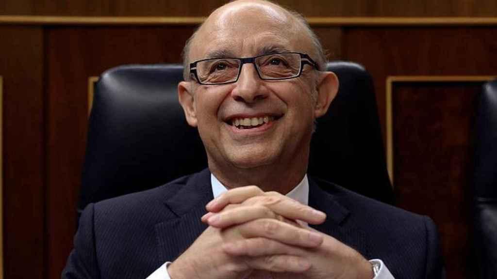 Cristóbal Montoro en el Congreso, cuando ejercía el cargo de ministro de Hacienda.