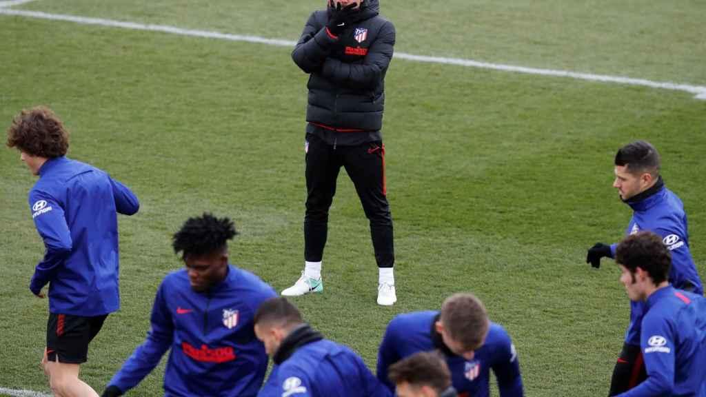 Simeone, en el entrenamiento del Atlético de Madrid
