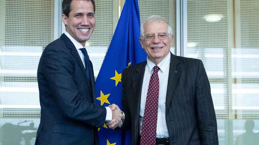Josep Borrell se ha reunido este miércoles con Juan Guaidó