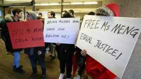Protestantes pro-Huawei en Vancouver.