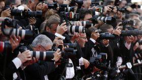 Fotógrafos en la alfombra roja del Festival de Cannes.