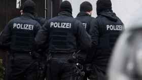 Policías alemanes.