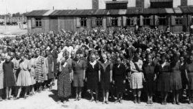 Un grupo de prisioneras en Auschwitz.