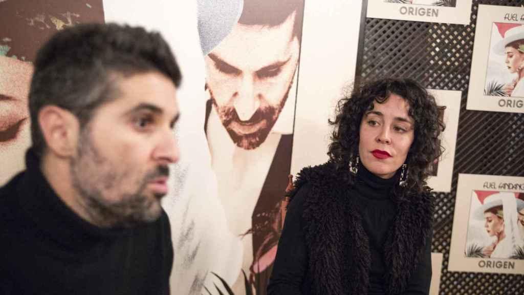 Alejandro Acosta y Nita (Cristina Manjón) en una entrevista con EL ESPAÑOL.