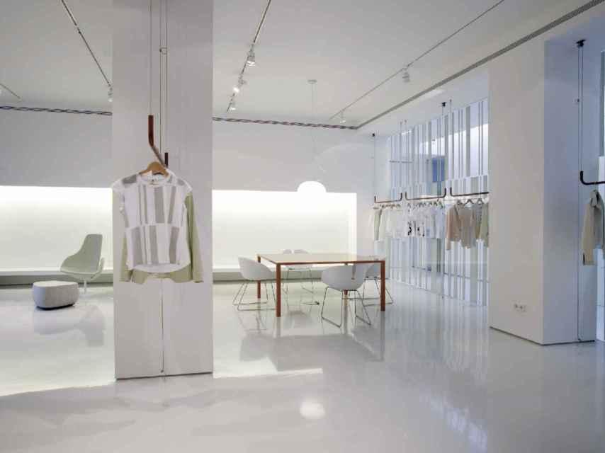 Atelier de Roberto Torreta, diseñado por la arquitecta Patricia Urquiola.
