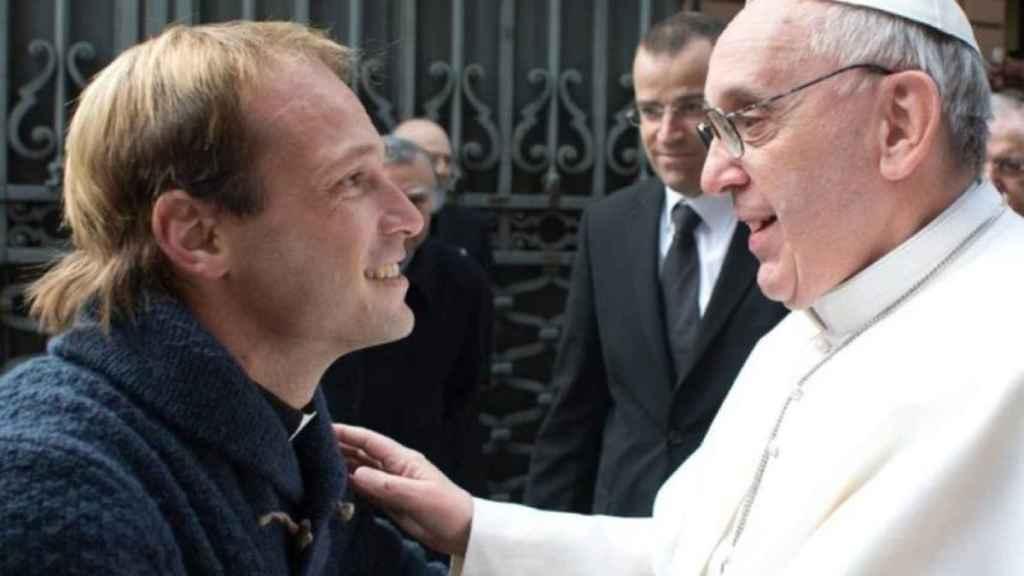 Padre Gonzalo y el Papa Francisco.