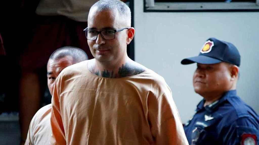 Artur Segarra a su llegada al Tribunal Supremo de Tailandia.