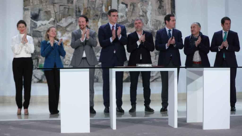 La plana mayor del Gobierno y de la Mesa de Diálogo Social.
