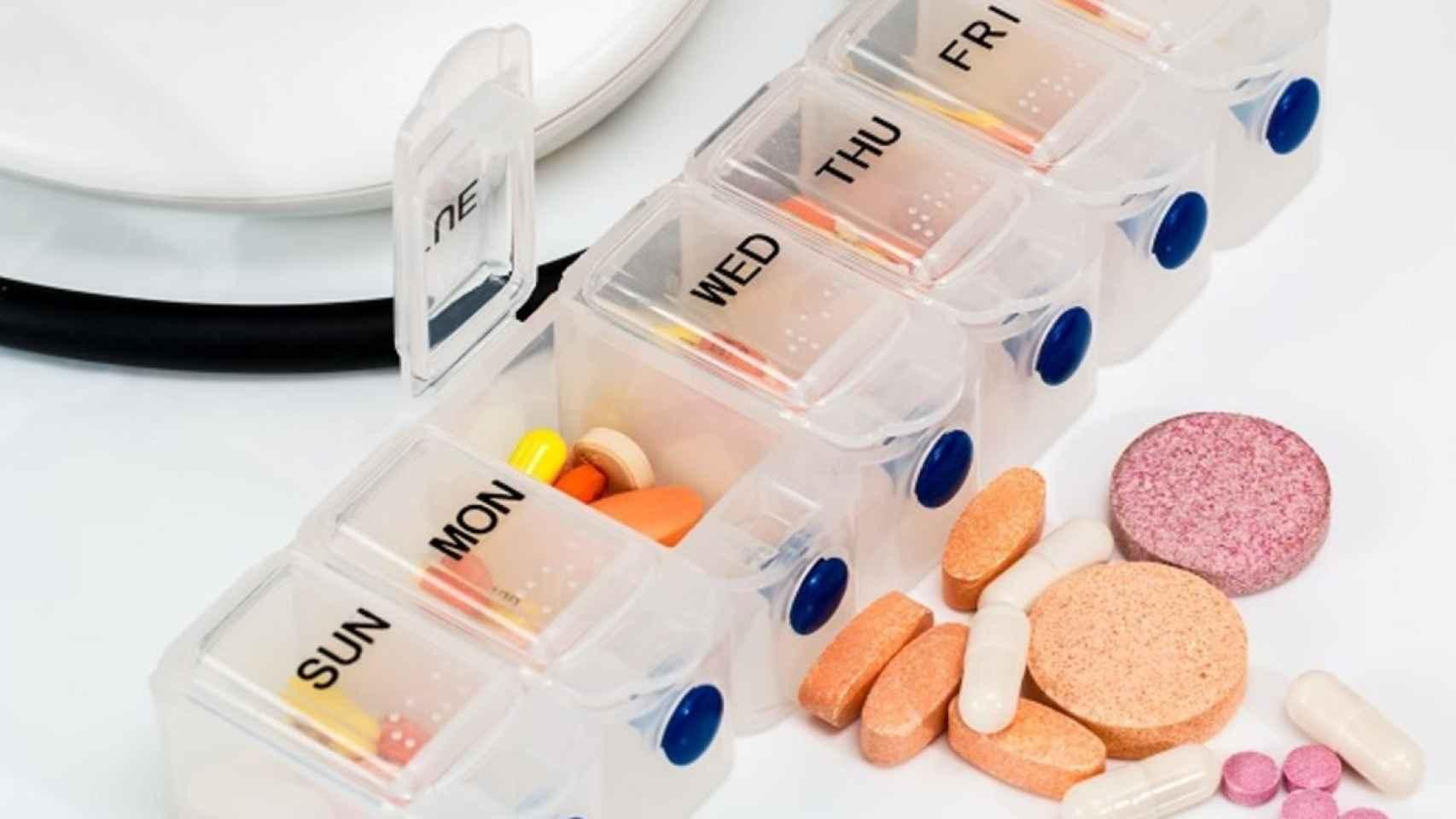 Un pastillero de medicación en una imagen de archivo.