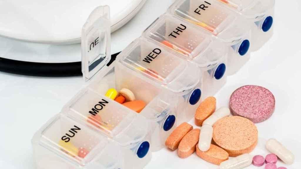 Un pastillero en una imagen de archivo.