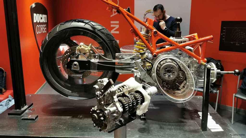 Interior de una moto en la sede de Ducati.