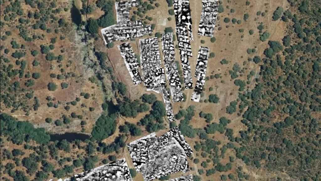 Parte sur del asentamiento, donde se encuentra la base militar romana, radiografiada con los métodos geofísicos.