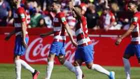 Darwin Machís celebra su primer gol en el Granada - Espanyol