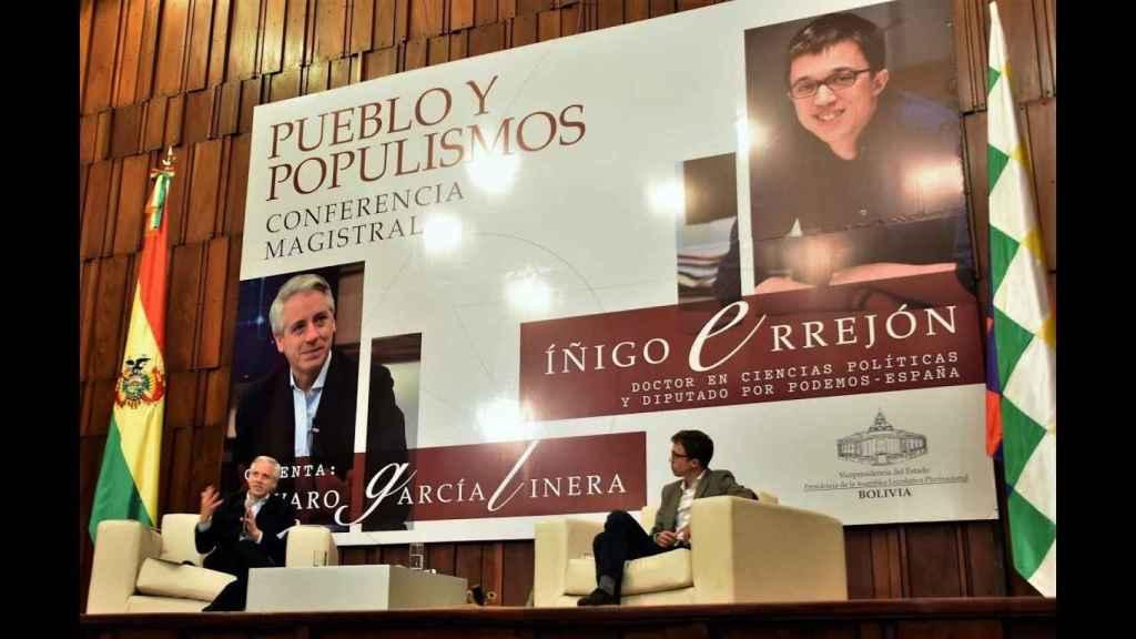 Álvaro García Linera e Íñigo Errejón, en una conferencia magistral en La Paz (Bolivia).