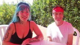 Elena junto a su padre, René, el verano pasado