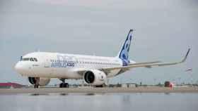 El Airbus A320neo es un ejemplo de avión moderno con motores más grandes