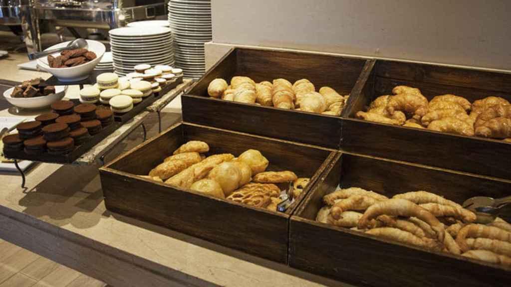 Un buffet libre, típico de distintas instituciones.