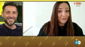 Rocío Flores durante su vídeo promocional ante un emocionado Antonio David.