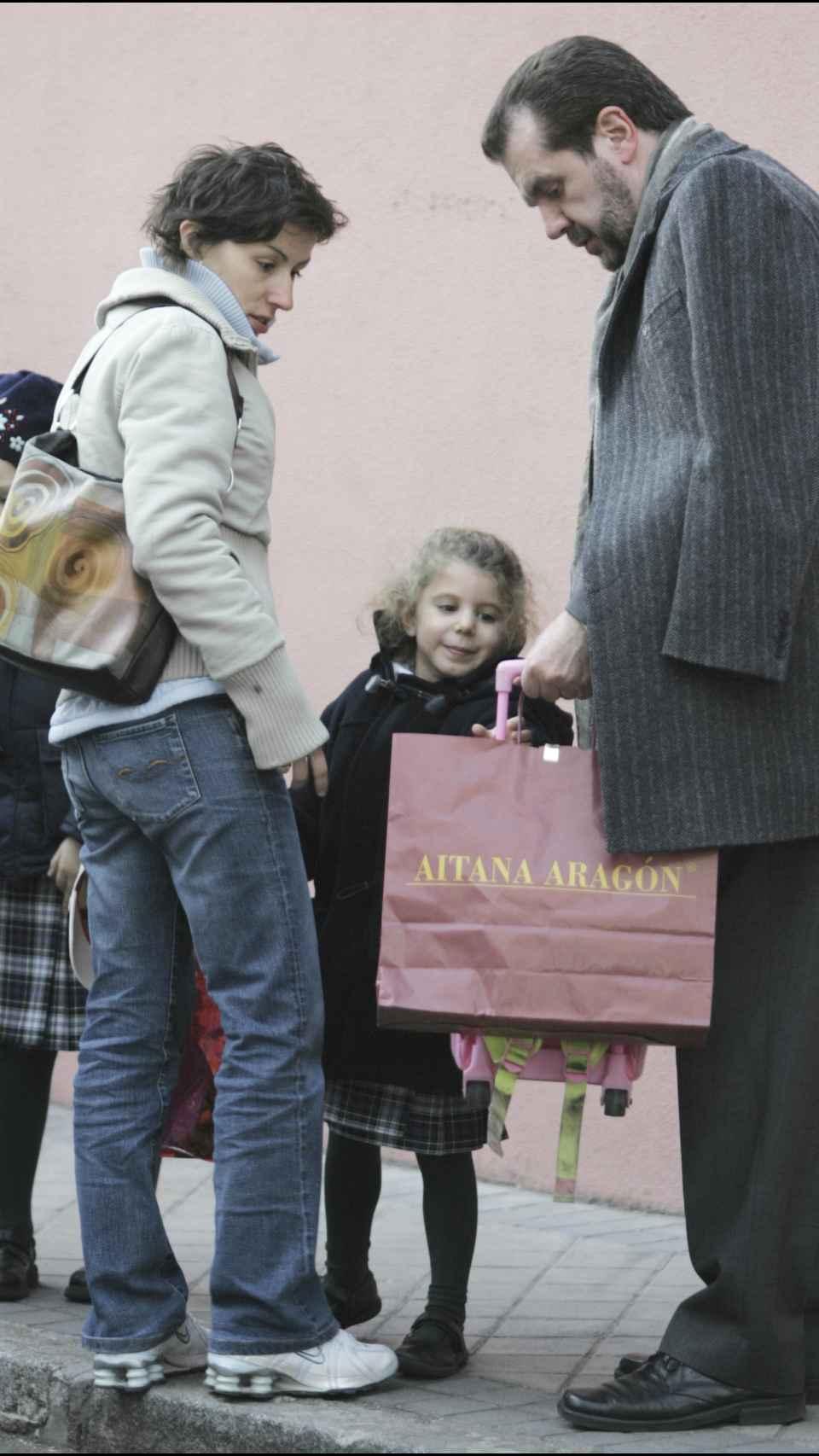 Érika Ortiz, su padre, Jesús Ortiz, y su hija, Carla Vigo en una imagen de archivo.