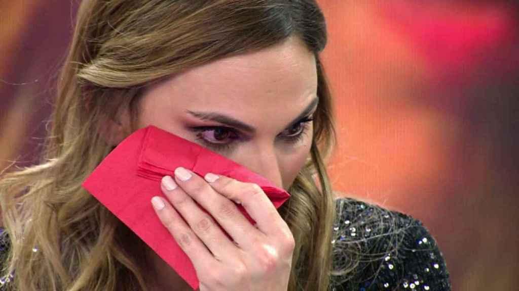 Irene Rosales rompe a llorar en 'Viva la vida' tras confesar que su madre está muy enferma.