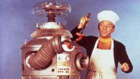 B9, el robot protagonista de 'Perdidos en el espacio' (CBS)