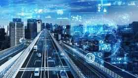Carreteras que 'hablan', coches autónomos y tráfico más seguro: así será la movilidad del futuro