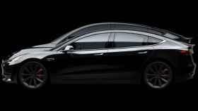 Comparativa entre el Tesla Model 3 (del.) y el Model Y (det.)