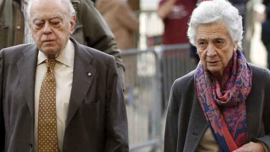 Jordi Pujol y su mujer, Marta Ferrusola.