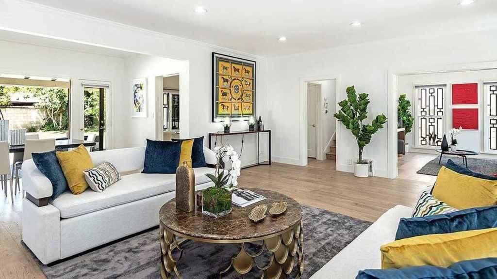 En la casa de Meghan Markle hay un gran protagonismo de la madera y del color blanco.