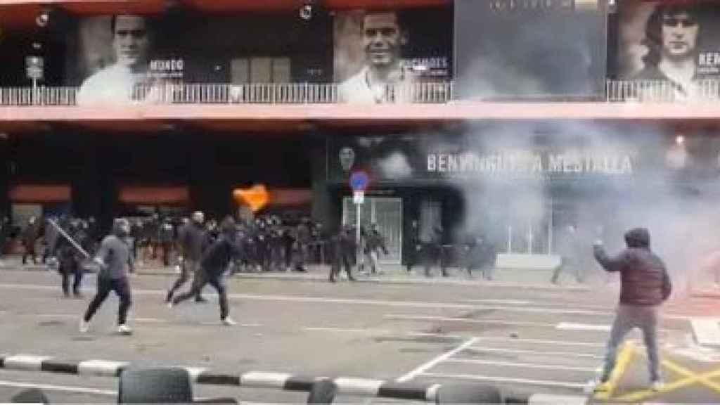 Batalla campal en Mestalla contra los Yomus, ultras locales