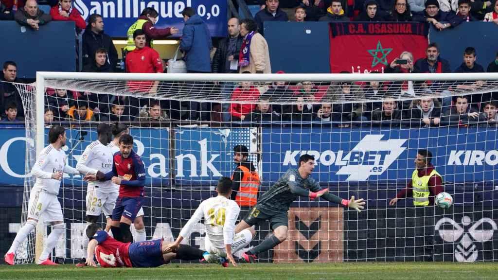 Unai Garcia supera a Courtois y adelanta a Osasuna