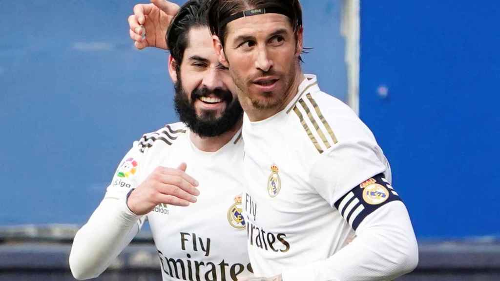 Sergio Ramos e Isco celebran el segundo gol del Real Madrid a Osasunna