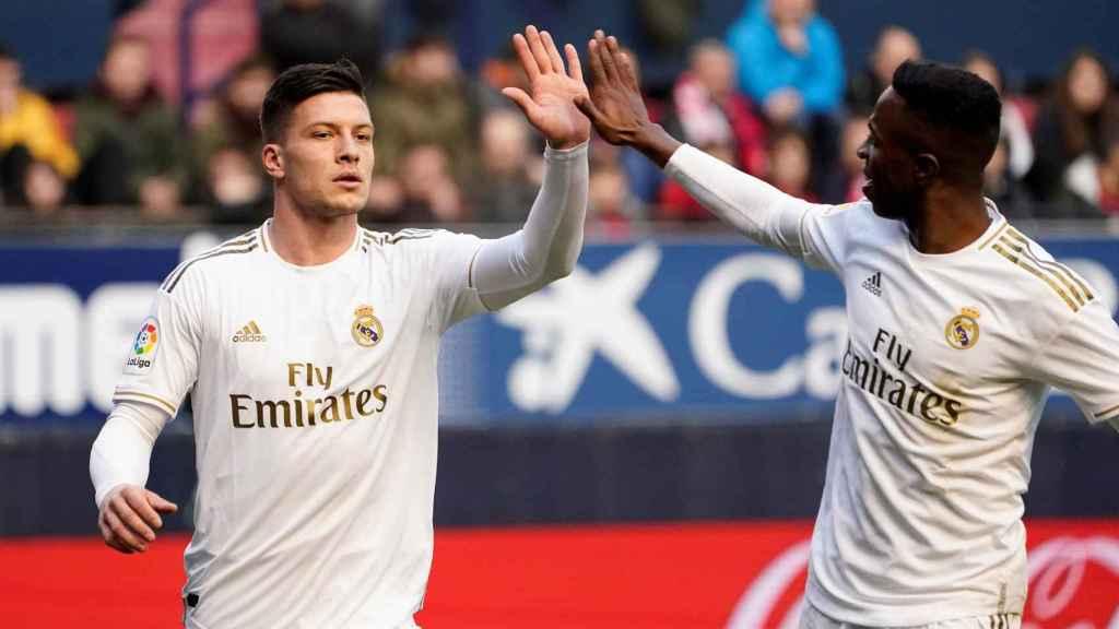 Vinicius felicita a Jovic por su gol a Osasuna