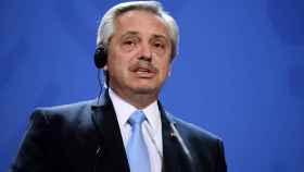 Alberto Fernández, durante una de las rondas de conversaciones con presidentes de Europa.