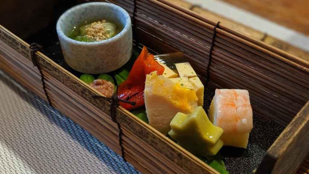 Sushi y encurtidos en Gion Shirakawa Namisato (Kioto)