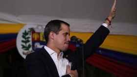 Guaidó en una sesión callejera de la Asamblea Nacional de Venezuela.